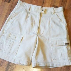 {Woolrich} High Waisted Khaki Shorts